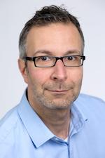 PD Dr. Karim Abu-Omar